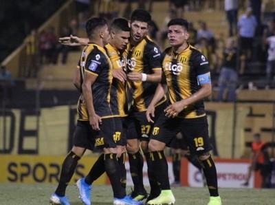 Guaraní gana sobre el final en cierre de la fecha 17