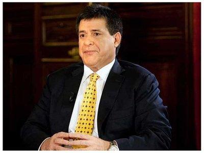 Cartes pide ser investigado por la justicia paraguaya
