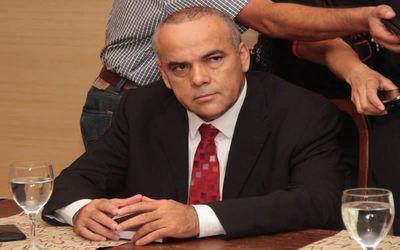 Diputado admite que debe fortalecerse control sobre financiamiento político