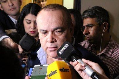 """Bachi Núñez: """"Es imperioso un mayor control del dinero para campañas políticas"""""""