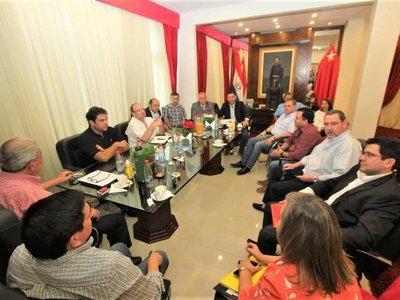 Oficialismo, sin postura ante investigación a Cartes y a Tarragó