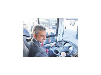 Dos buses completamente eléctricos operarán en el sistema de transporte