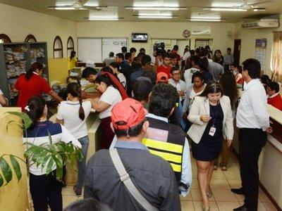 Intendente   de CDE veta presupuesto  por  modificaciones hechas por ediles