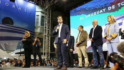 Ventaja de Lacalle espera confirmación en Uruguay
