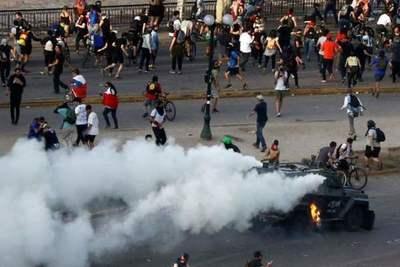 """Camioneros anuncian """"inminente paralización"""" y amenazan con llevar el país """"al caos» en Chile"""