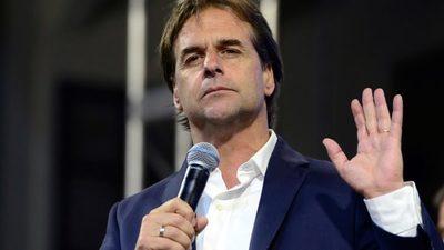 Uruguay aguarda conteo final de votos
