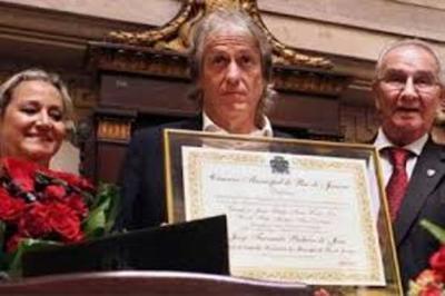 El técnico Jorge Jesus recibe el título de Ciudadano Honorario de Río