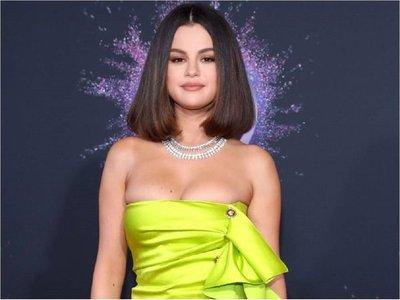 Selena sufrió un ataque de pánico antes de los American Music Awards
