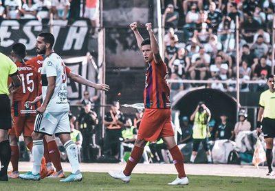 Alan Rodríguez se siente orgulloso por los elogios de Roque