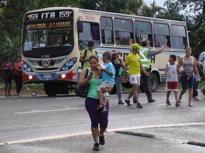 Precios de pasaje a Caacupé: con aire cuestan 30% más