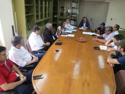 ANDE: funcionarios levantan huelga