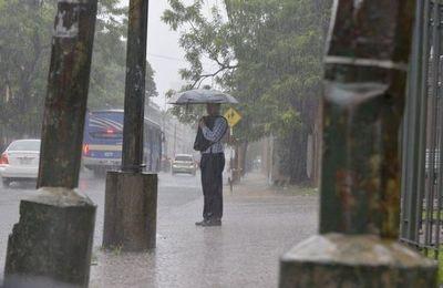 Meteorología anuncia lluvias y tormentas para casi todo el día