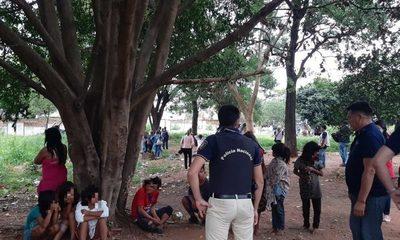 Nuevo procedimiento de rescate de madres y niños indígenas en zona de la Terminal de Ómnibus de Asunción