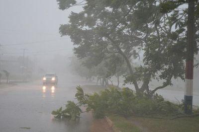 Persiste alerta por tormentas para varios departamentos