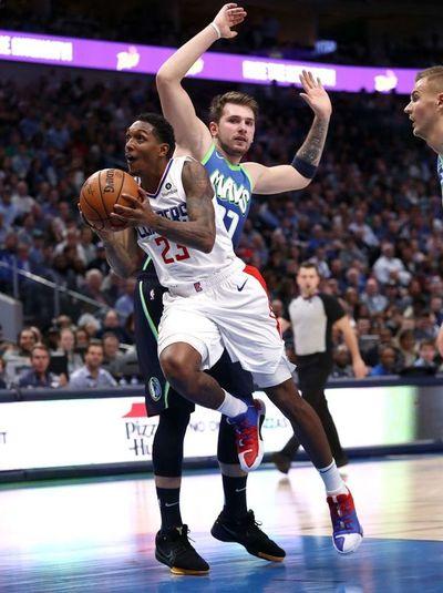 Clippers controlan a Doncic y vencen a Mavericks