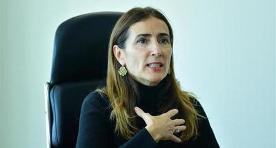 Ministra chilena reconoce errores en la crisis política del país