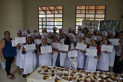 Más de 3.000 personas de Cordillera recibieron capacitaciones