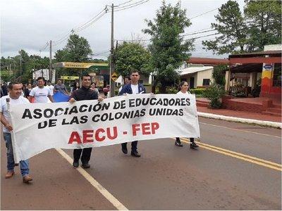 Movilización docente en diferentes puntos para exigir reajuste salarial