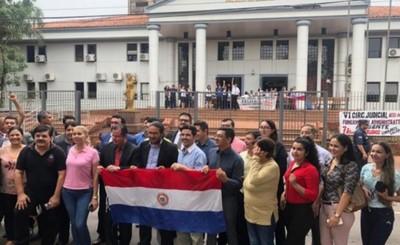 Manifestación de abogados por huelga de funcionarios judiciales