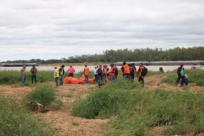 Sigue la campaña #YoLimpioPy a orillas del Mburicaó
