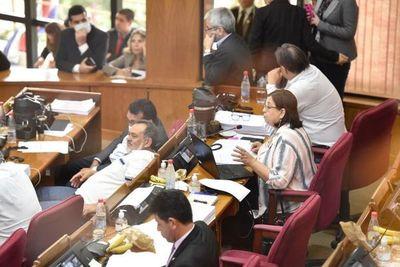 Senado rechaza creación de más cargos en el Ministerio Público