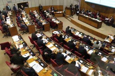 Senado aprueba presupuesto de USD 13.330 millones para el 2020