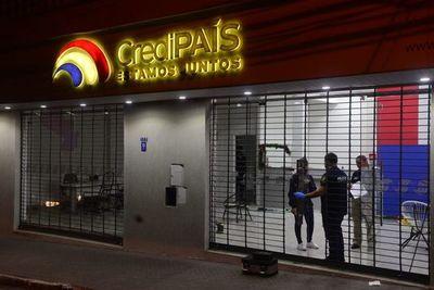 Asaltan un local del créditos en el microcentro de Asunción