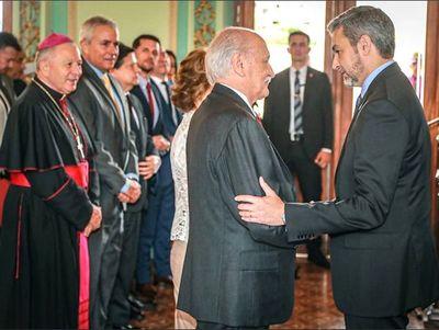 Critican designación de nuevo embajador ante la Santa Sede