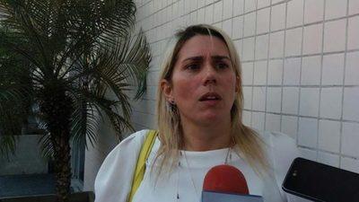 Bóbeda pide a la Justicia que la defienda del Brasil