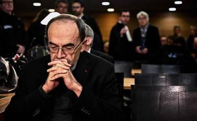 El silencio de la Iglesia frente a la pederastia: Abren juicio en apelación de cardenal francés acusado de encubrir abusos sexuales