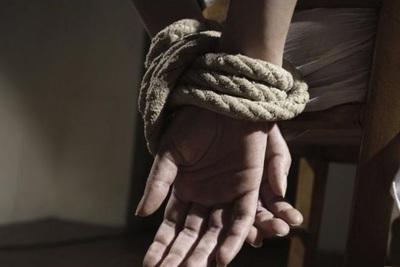 Guarambaré: retienen a una mujer y se llevan G. 46 millones