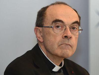 Se abre el juicio en apelación de cardenal francés acusado de encubrir abusos sexuales