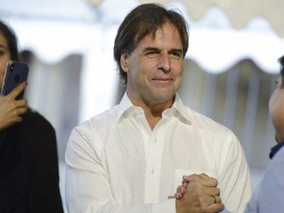 Lacalle Pou electo nuevo presidente de Uruguay