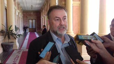 Benigno López denuncia ante la Fiscalía a sindicalistas de Hacienda