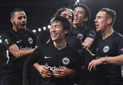Eintracht Frankfurt da la nota y golpea al Arsenal