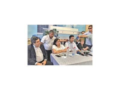 La oposición afirma que se violó  la Constitución Nacional