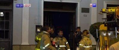 Aseguradora arde en llamas en Asunción