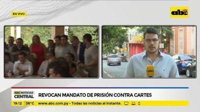 Revocan mandato de prisión contra Cartes