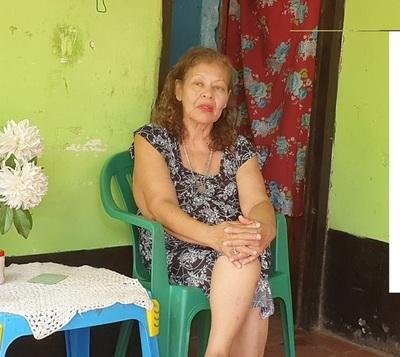 Mujer busca a su padre biológico, a quien no lo conoció