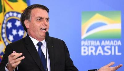 Jair Bolsonaro acusa a Leonardo DiCaprio de financiar los incendios en la Amazonía