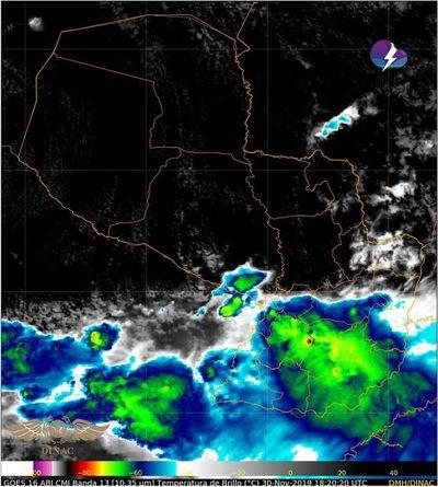 Meteorología alerta por lluvias y tiempo severo
