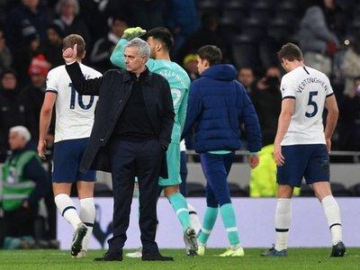 Mourinho sigue en racha y acerca al Tottenham a la Champions