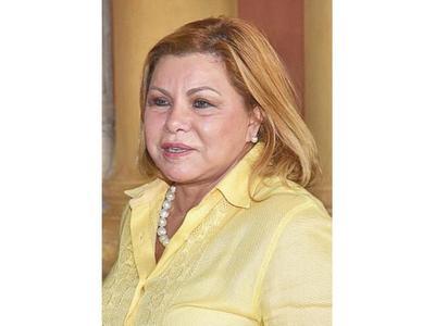 Ministra de la Mujer gastó casi G. 106 millones en siete viajes al exterior