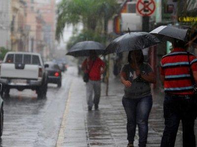 Lluvias y tormentas continuarán este domingo