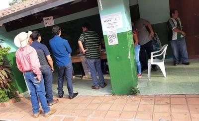 HOY / Inicia elecciones para elegir al nuevo intendente de San Carlos del Apa