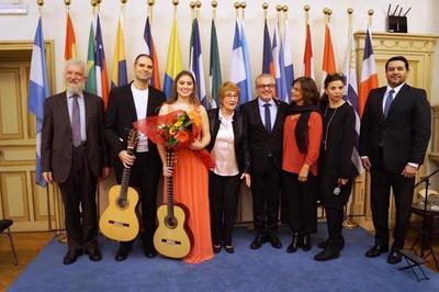 Guitarrista y cantante paraguaya brindó concierto en Italia