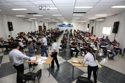 Divulgan resultados de exámenes de postulantes a trabajar en Itaipú