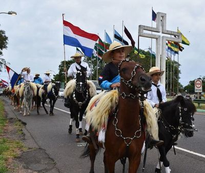 Colorida y tradicional cabalgata de la fe