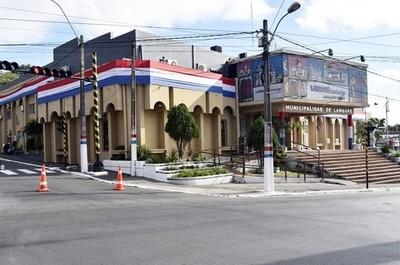 Funcionarios anuncian inicio de huelga en municipalidad de Lambaré