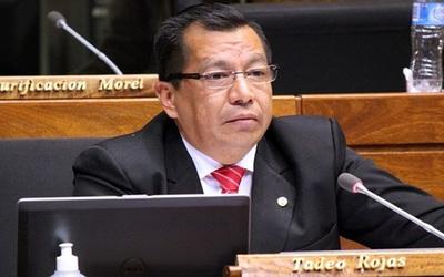 Diputado sostiene que permiso para Ulises Quintana no debe correr